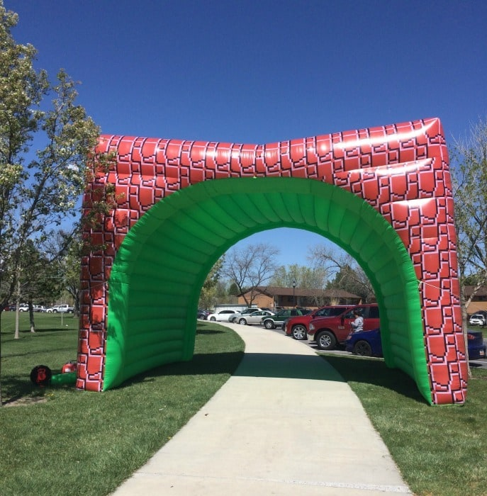 You get to go through a big warp tunnel in the Gamer Dash 5K