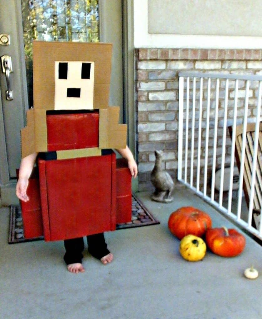 8-Bit Video Game Princess Boxtume